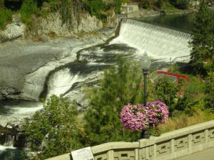 Spokane River: Downtown Falls and Hydroelectric Station